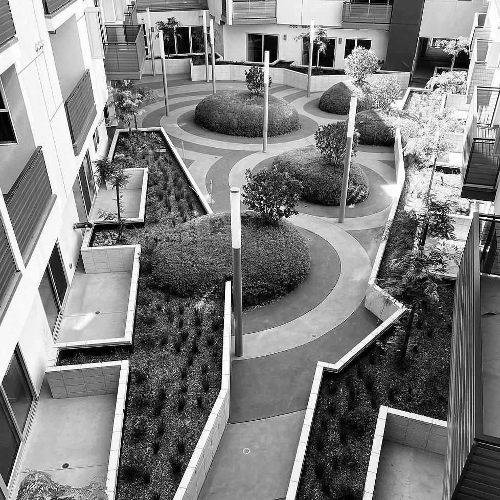 Lankershim-Courtyard-BW.jpg