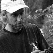 AZ Eric-in-vineyard.jpg