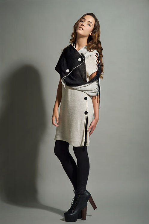 Buttoned dress & Alpaca scarf