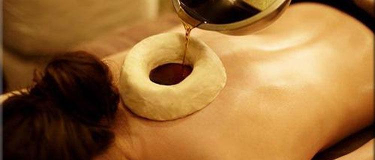 Upper back oil therapy- Greeva Basti
