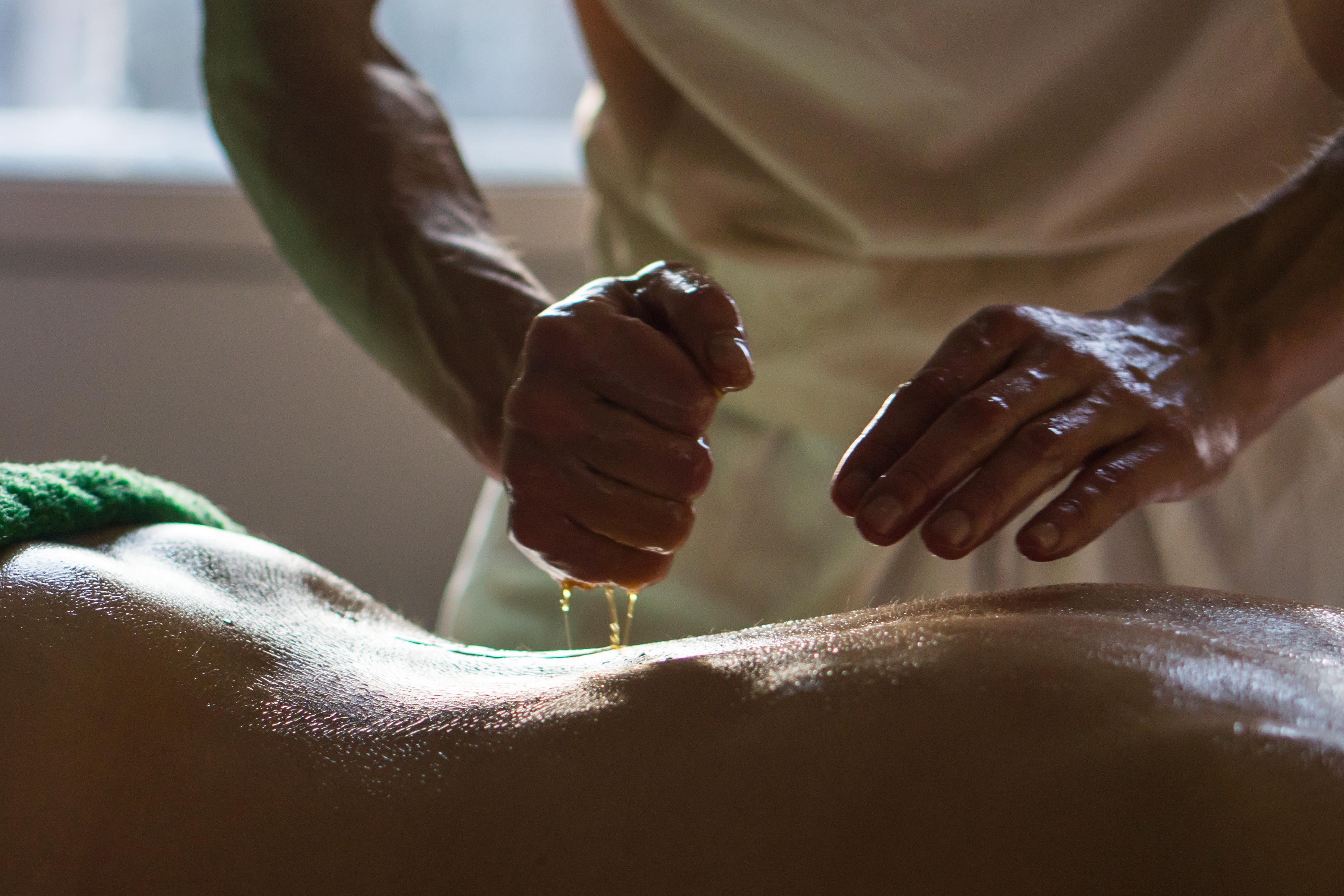 Abhyangam Massage