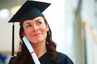 College Público ou Particular: qual devo cursar?