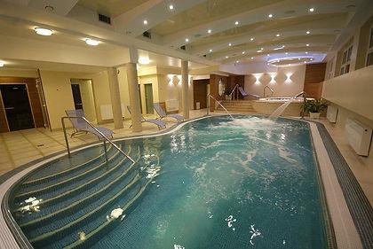 Hotel Knieja basen (2).jpg