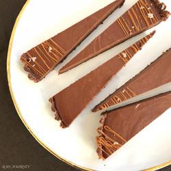 焼かないチョコレートケーキ