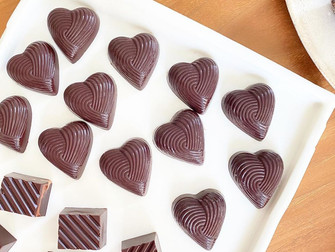 食べて作ってハマるローチョコレート