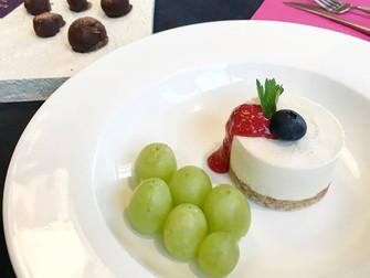 今月のロースイーツレッスン「ホワイトチョコレートケーキ」