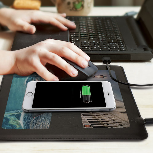 116032 Davros Wireless Charging Mouse Mat