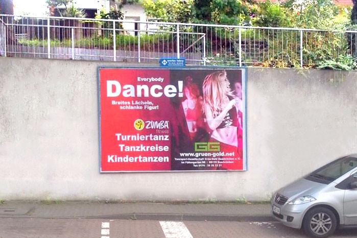 Plakat Grün-Gold in Saarbrücken