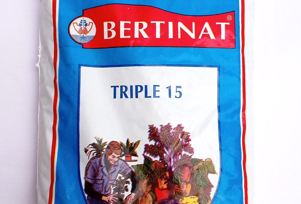Fertilizante Triple 15 granulado
