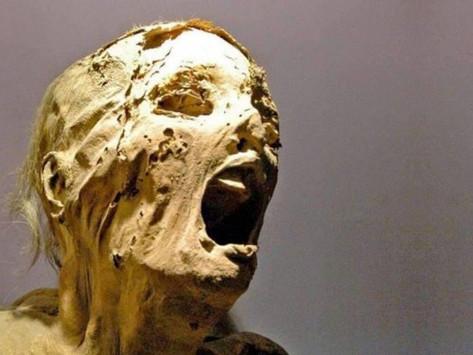 La momia que grita: la maldición a la momia de un regicida