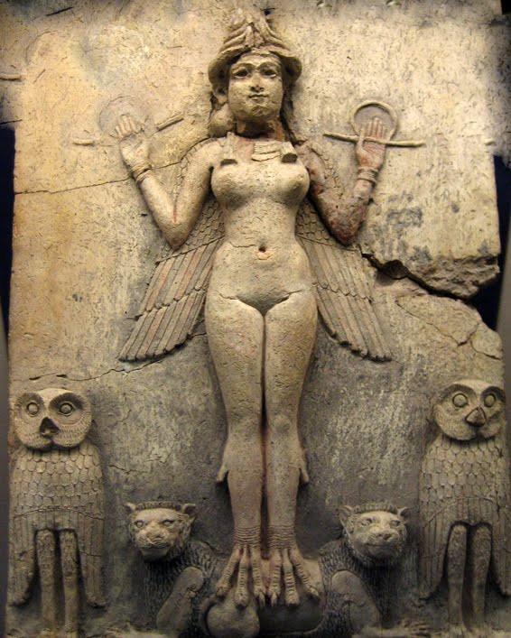 Relieve mesopotámico de la diosa Ishtar