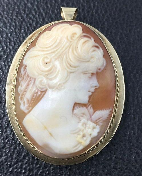 Vintage 9 ct gold Cameo pendant brooch large Full British hallmark 1981