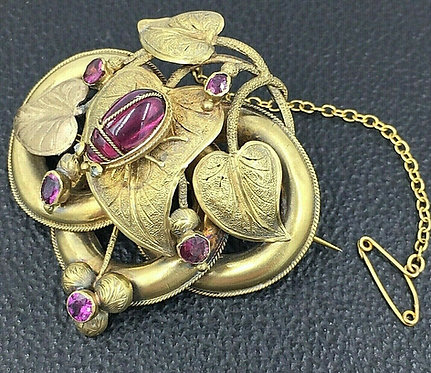 Victorian 14ct gold brooch Amethysts & diamonds Insect Beetle on leaf design