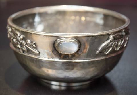 Sandheim Bros silver  bowl set with Moonstones