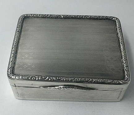 Superb silver George III Large Table Snuff tobacco box William Seaman 1805