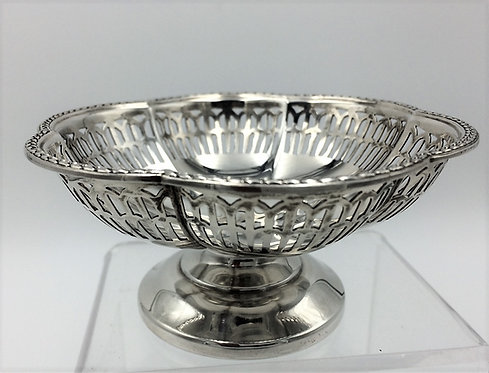 Silver pierced pedestal bowl by Walker and Hall Birm 1964