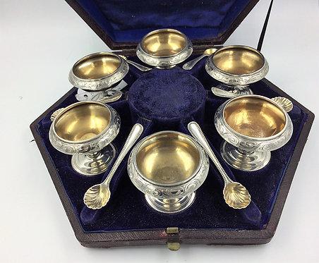 Set 6 silver salts cruet condiment pots & spoons London 1868