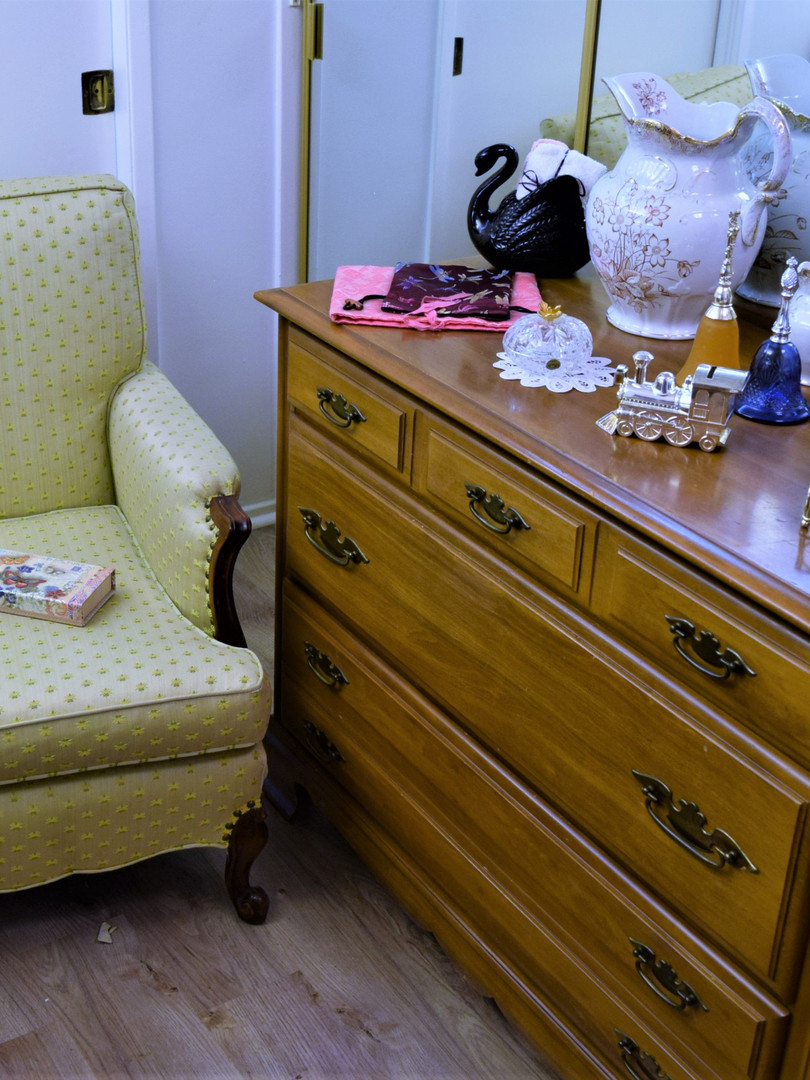 Vintage Chair.jpeg