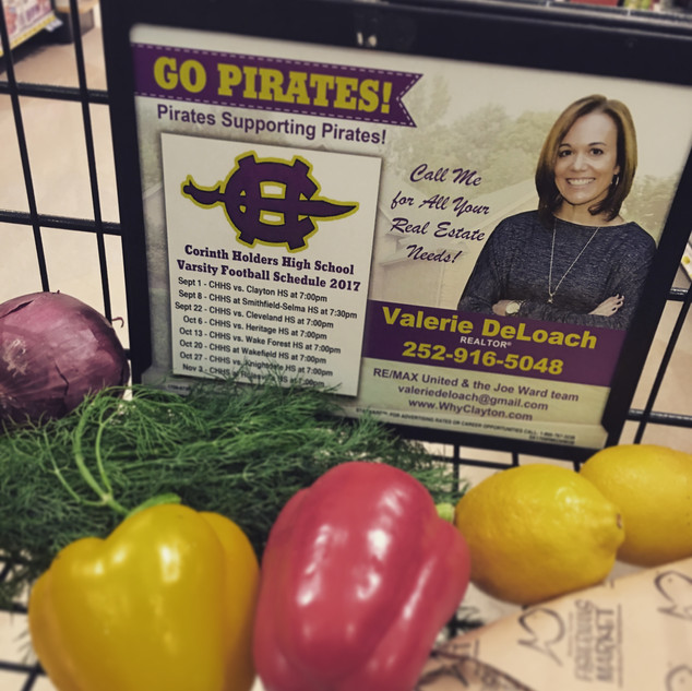 Look who is on the grocery carts at the Harris Teeter in Flowers Plantation??? ME!! <3