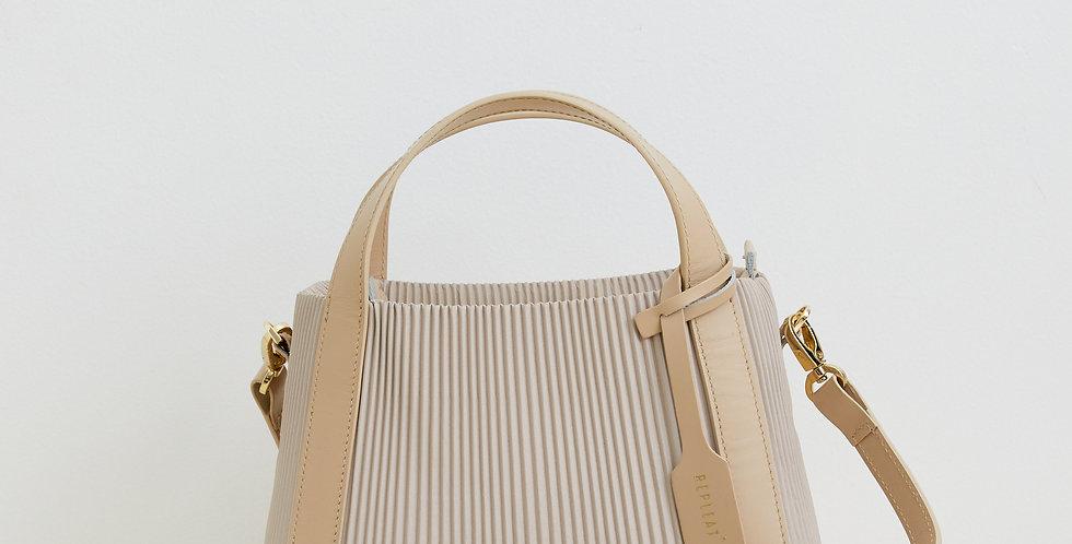 Pleated Handbag 22 VANILLA