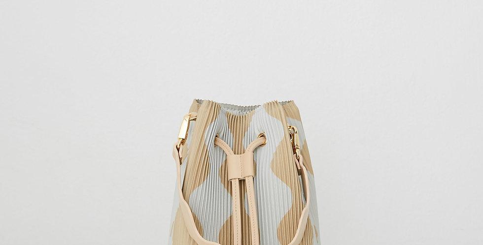Bucket bag Mini Curve