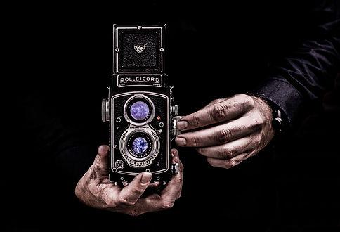 camera-3244872_1920.jpg