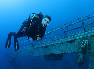 fun dives in epidavros (2)-min (1).jpg
