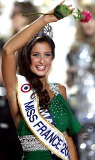 Malika Menard . Miss France