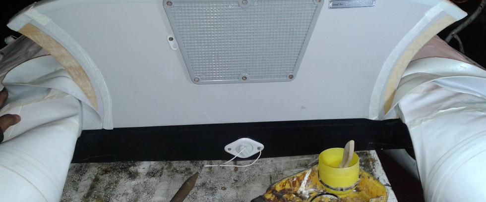 Incollaggio riparazione gommoni
