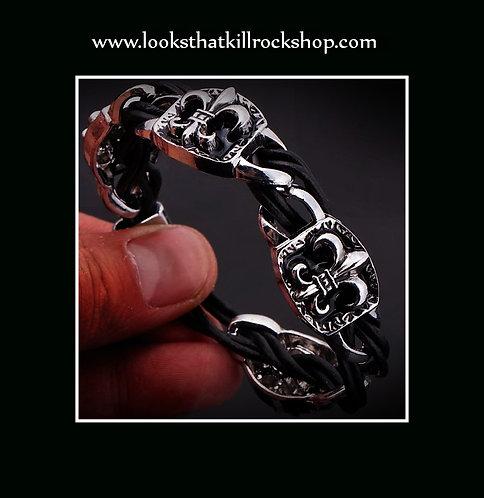 """Our New Ravenscroft Style """"Fluer De Lis"""" Bracelet"""