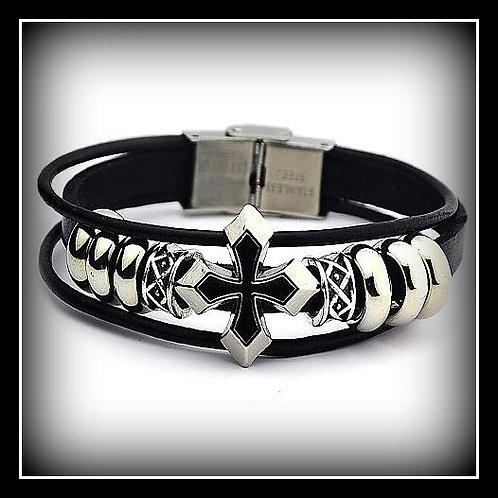 Mid Night Star Cross Slide Bracelet