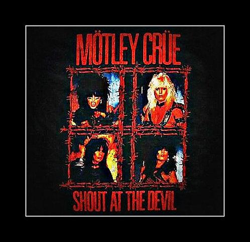 """Crue """"Shout at the Devil"""" Concert T Rock Wear"""