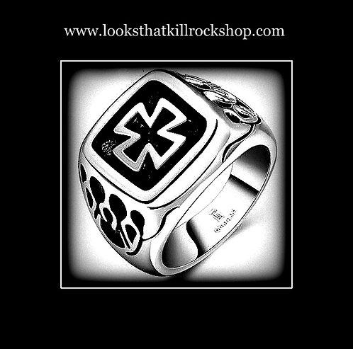 Killer Skull Crusher Series Celtic Cross Ring