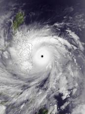 Haiyan_Nov_7_2013_1345Z (1).png