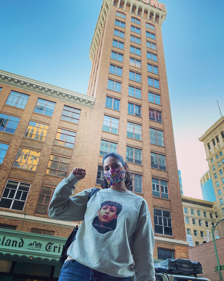 ENDEAVORS reppin So Oakland's KHarris 2020 sweater