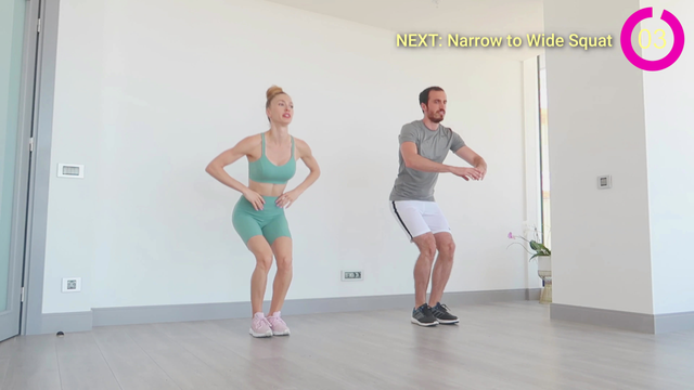 Narrow to Wide Squat