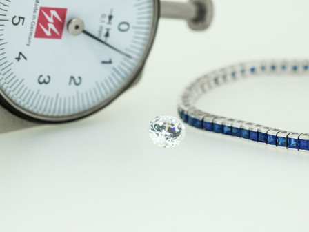Stone size measurement problem in a tennis bracelet