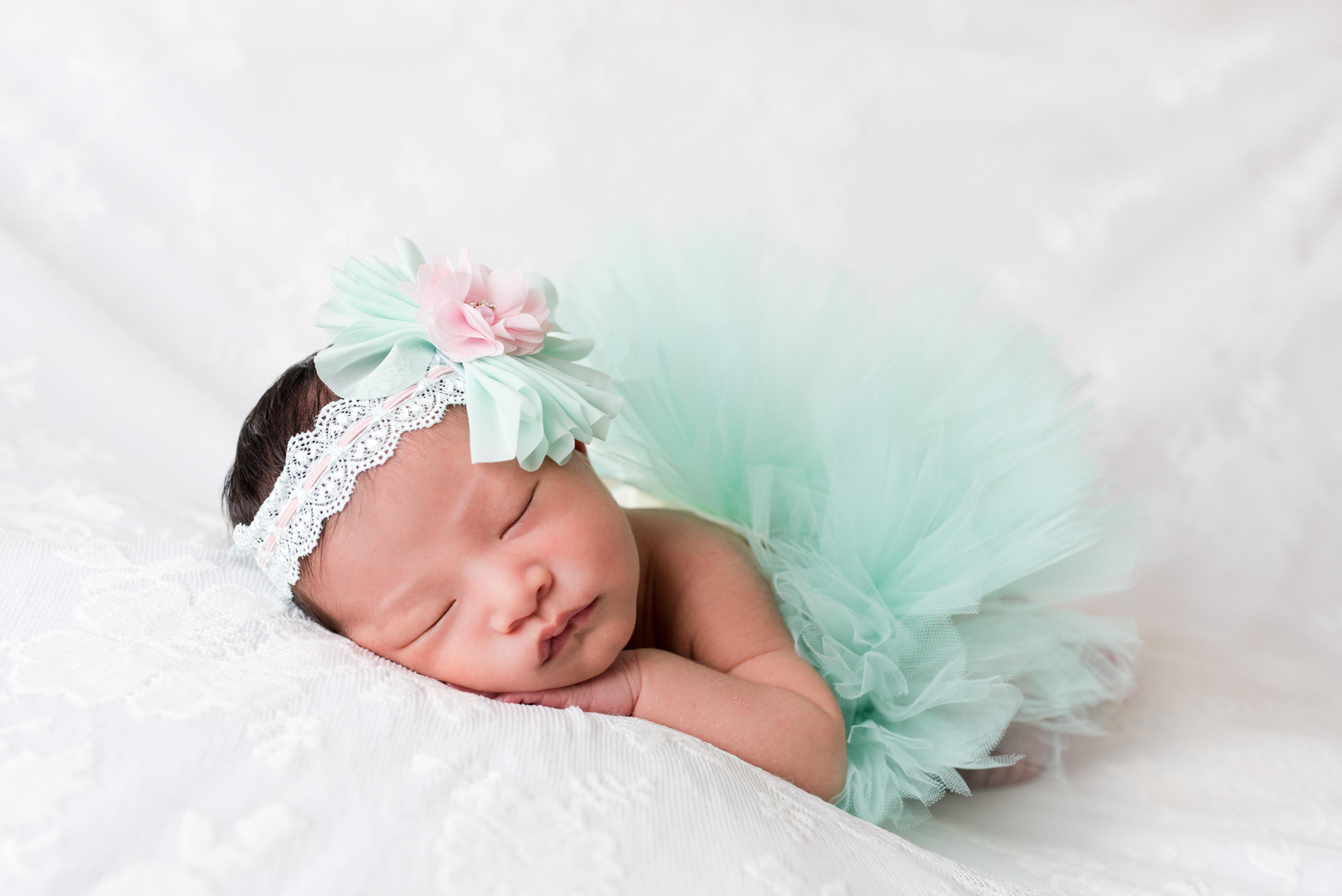 Emma Newborn-24