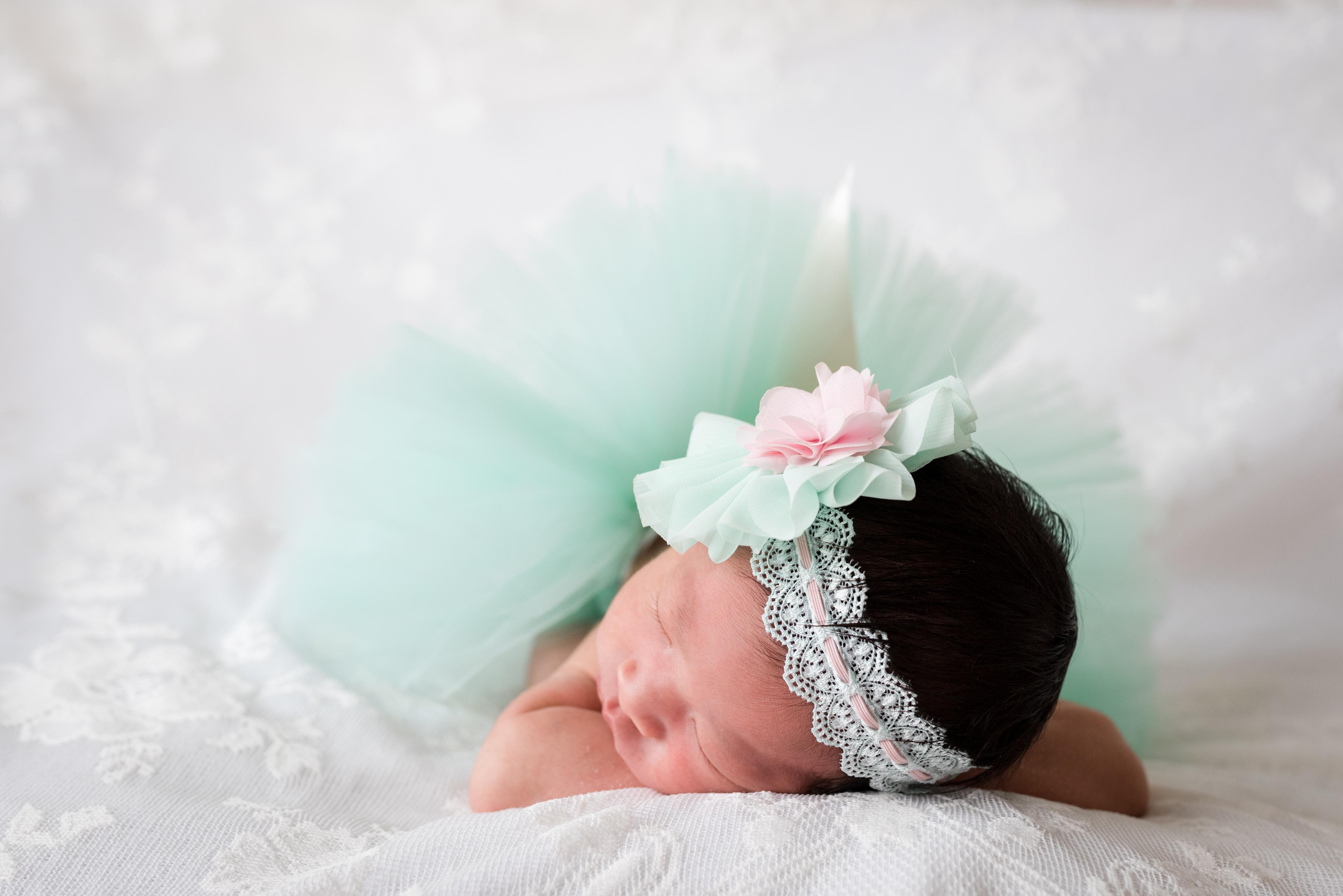 Emma Newborn-9