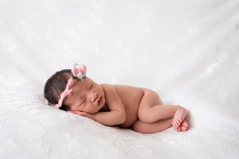 Emma Newborn-30