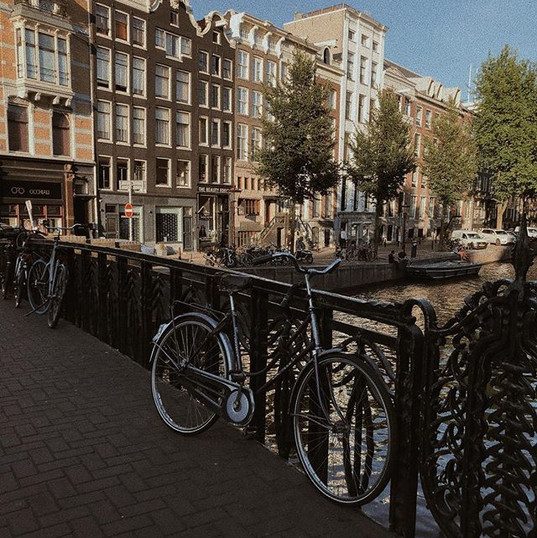 Living for the canals & bikes