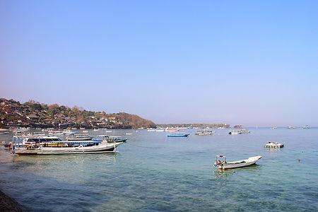 Ta båten till Nusaöarna