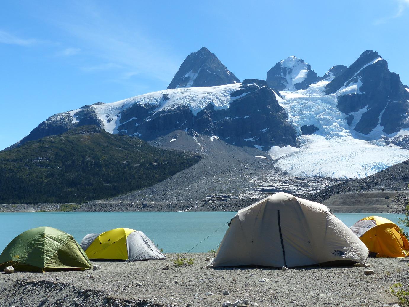 מחנה אוהלים בנק טסלי