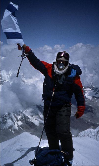 דורון אראל הישראלי הראשון על פסגת האוורסט