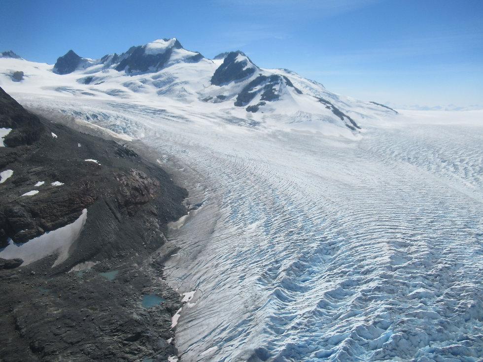שדה הקרח מונרך