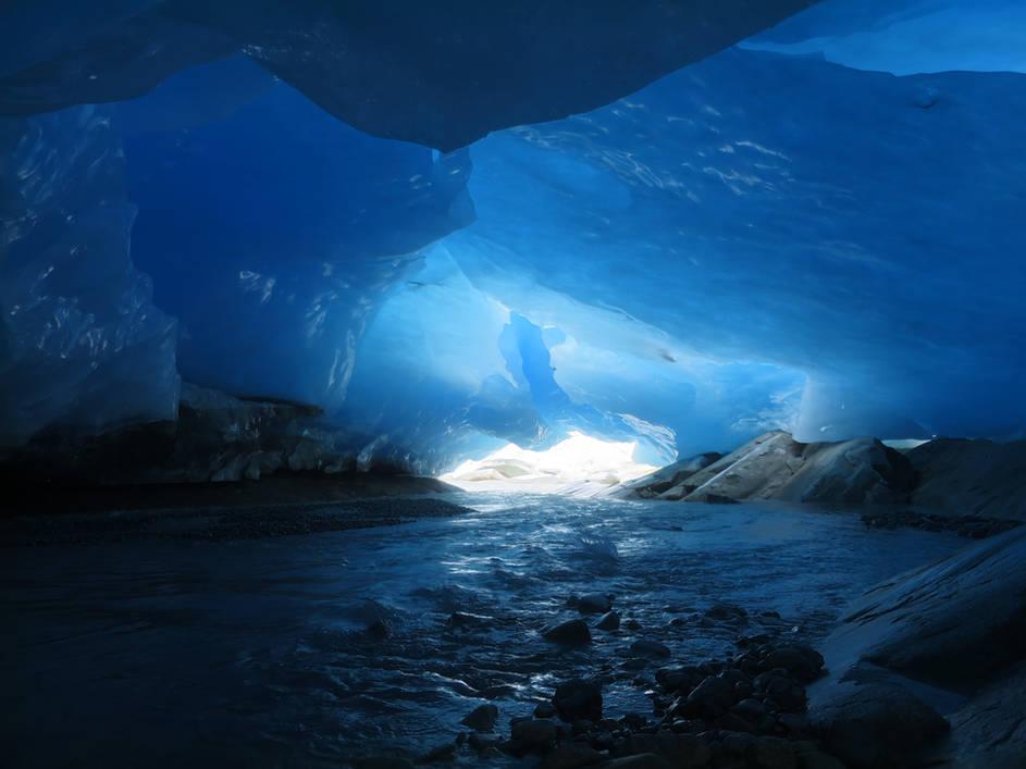 Ice Cave - Ape Lake