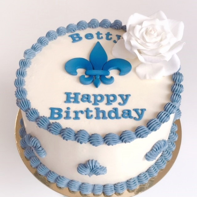 Fleur de lis cake KMcakesEindhoven.jpg