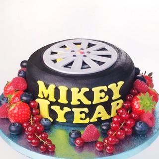 Tire cake KMcakesEindhoven.jpg