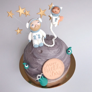 astronaut cake KMcakesEindhoven.jpg