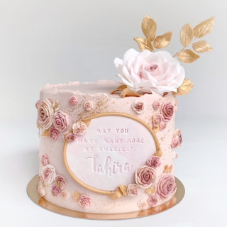 pink roses cake KMcakesEindhoven.jpg